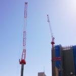 一宮駅東側で2台のタワークレーンが稼働中です