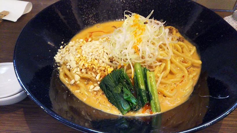 坦々麺と麻婆豆腐の店の虎玄