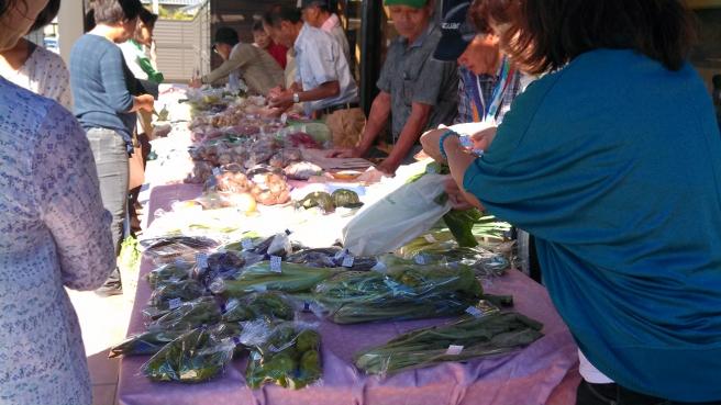 20131024野菜の朝市