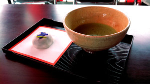 20150608花しょうぶ祭の抹茶